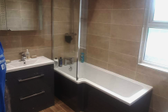 Completed-bathroom-by-Stunning-Bathrooms